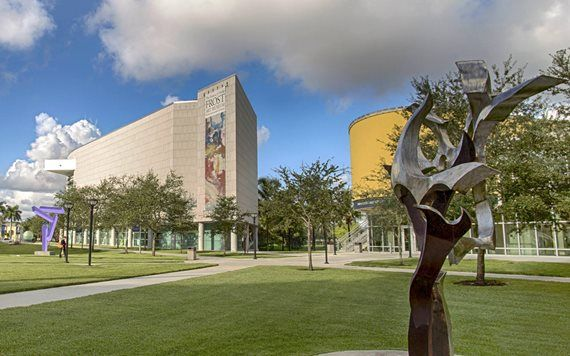 Exterior view of FIU Frost Museum