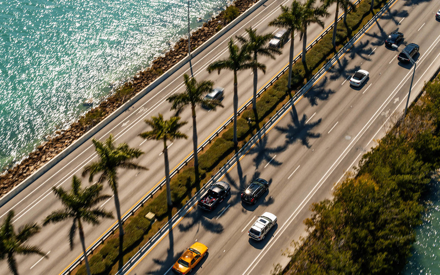 How To Travel Between Miami And Orlando