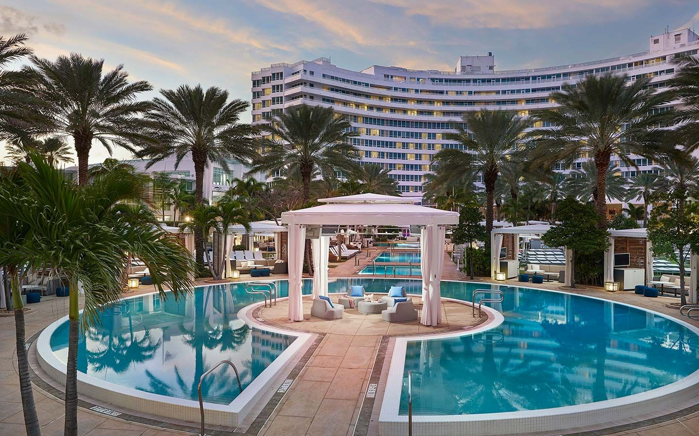 Miami's Hottest Hotels Offer Day Rooms & Pool Cabanas