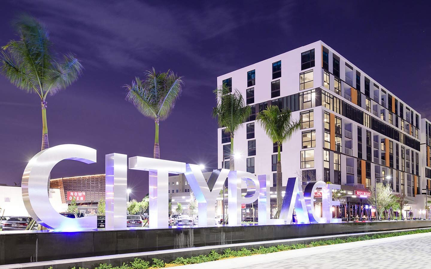See Why Doral Is A Great Meeting Location