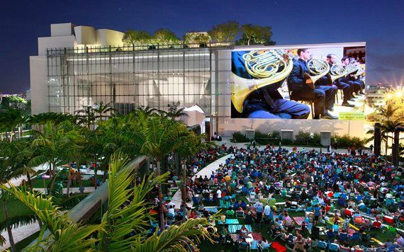 outdoor concert at New World Symphony